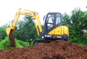 培训设备柳工挖掘机60D