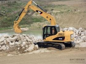 正规挖掘机学校